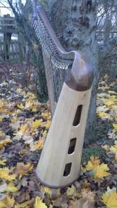 Callan 32 - Walnut pole (2)
